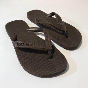 HAVAIANAS NWOT Brown Flip Flops Size 6